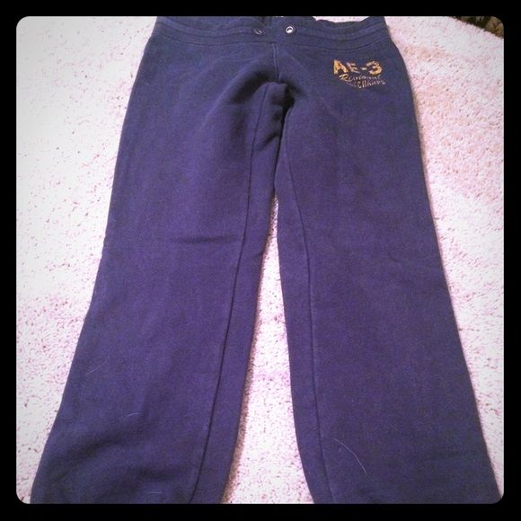 Clear Out SALEAmerican eagle sweat Capri pants Pants American Eagle Outfitters Pants Capris