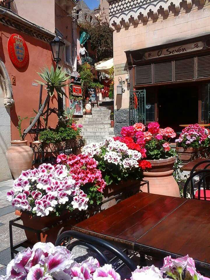Magic Taormina #taormina #sicilia #yummysicily