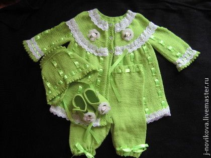 Knitting baby set