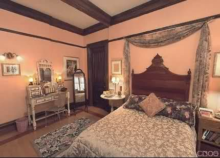 Charmed House Piper And Leo S Room