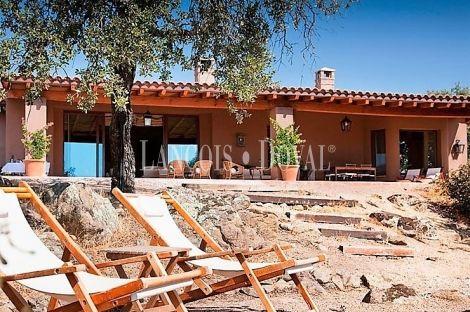 340 best casas rurales en venta images on pinterest - Casa rural montes de toledo ...