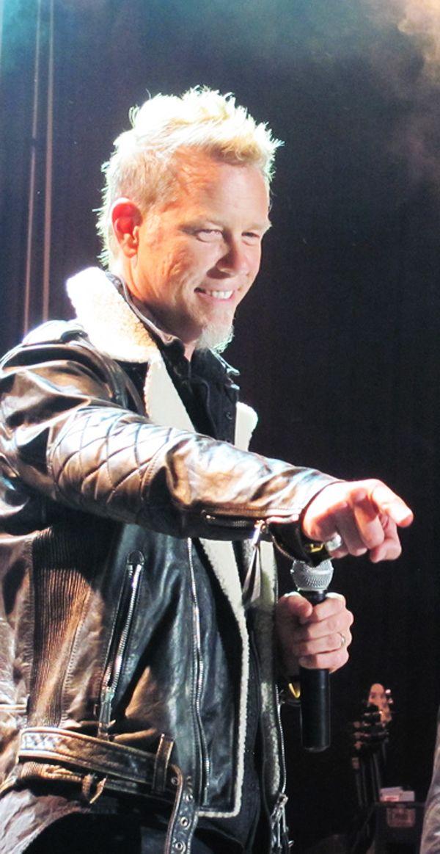 James Hetfield. Wowzers ♥ kind of looks like one of my ex's. Lol. :/