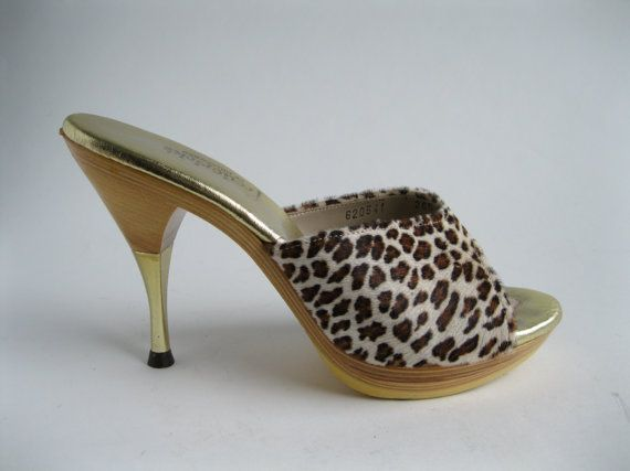 Vintage 1950s Leopard Polly Shoes Summer Fashions by AlexSandras