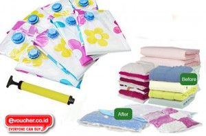 DISKON SPESIAL - Pakaian, Barang & Boneka Kesayanganmu Tersimpan Aman Dari Kutu, Debu & Air Dengan Vacuum Bag Hanya Rp.120,000 - www.evoucher.co.id #Promo #Diskon #Jual  Klik > http://evoucher.co.id/deal/Vacuum-Bag-Juni-2014  Vacuum Bag selain berguna untuk menyimpan barang - barangmu, juga bisa untuk packing pakaian saat EVFriends travel liburan. isi kopermu bisa berkuarang hingga 75% jadi bisa muat leibih banyakkan. jadi tunggu apalagi beli sebelum habis. LIMITED STOCK