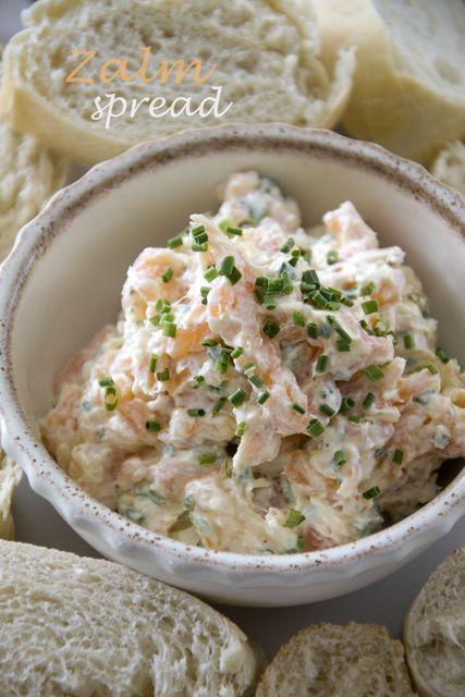 Brenda kookt: Zalmspread - Smeer de zalmspread op een stokbroodje, boterham, cracker of wrap.