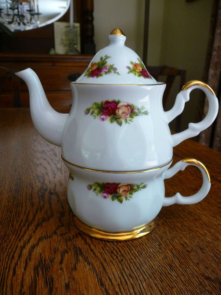 1962 Royal Albert Old Country Roses TEA FOR ONE Original Scarce Teapot & Teacup - It's Gorgeous!