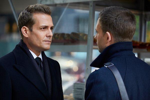 Suits: Harvey corre risco de ser preso - http://popseries.com.br/2017/02/16/suits-6-temporada-quid-pro-quo/