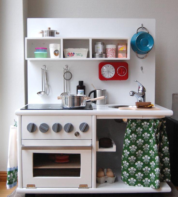 die besten 25 kinderk che selber bauen ideen auf pinterest. Black Bedroom Furniture Sets. Home Design Ideas