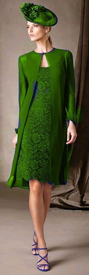 Green - 2017 Pronovias - http://www.pronovias.com