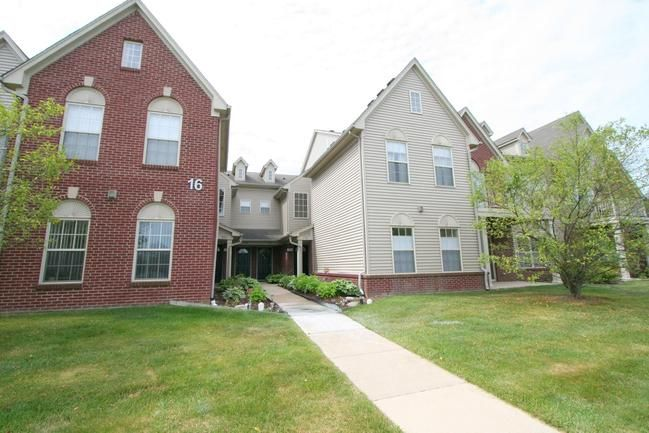 SOLD! 1794 Addington Lane, Ann Arbor, MI 48108. Welcome to Woodside Meadows - a peaceful condominium community with an unbeatable location on Ann Arbor's south side! This light-filled second floor ranch unit has an open concept floor plan with two bedrooms and two full bathrooms. $194,000