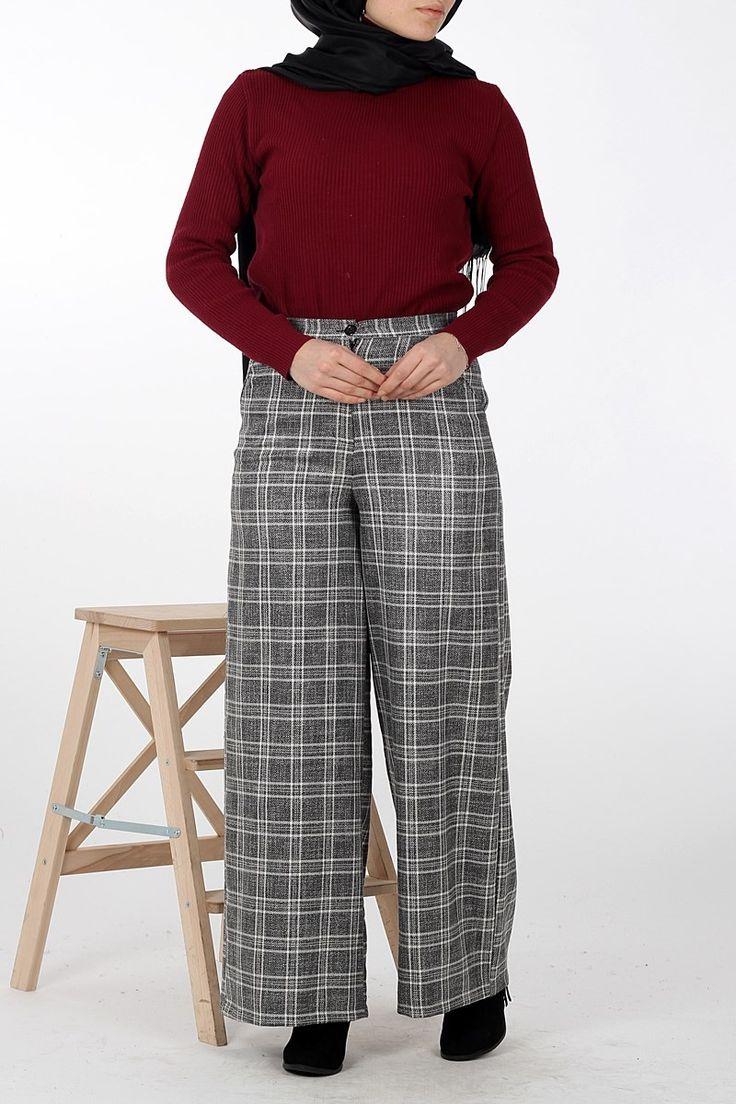 #tesettur Bol Etek Pantolon 0641 - Siyah - Alışılagelmiş düz çizginizi bırakın ve ekosenin hareketli yapısını giyiminize taşıyın. Bol pantolonun rahatlığını desenli çizgi ile yaşayın. Farklı olun, tarz olun , relax olun! - Price: tl119.90. Buy now at https://www.havvaadem.com/keten-bol-etek-pantolon-siyah-miss-nisa
