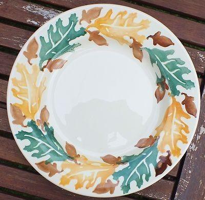 Acorn & Oak Leaves 8.5 inch Plate (Sample)