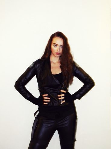 Halloween costume ideas.  Agents of SHIELD, Agent Romanoff, The Black Widow.  http://www.idealiststyle.com/blog/halloween