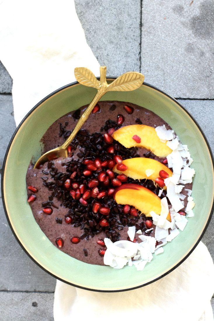 Zwarte rijst pudding met kokos