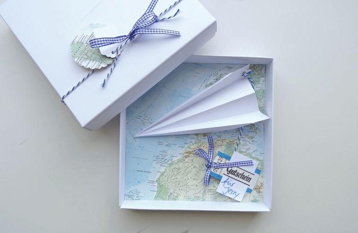 Geldgeschenk+Reise+Gutschein+Flugreise+Landkarte+von+schnurzpieps+auf+DaWanda.com