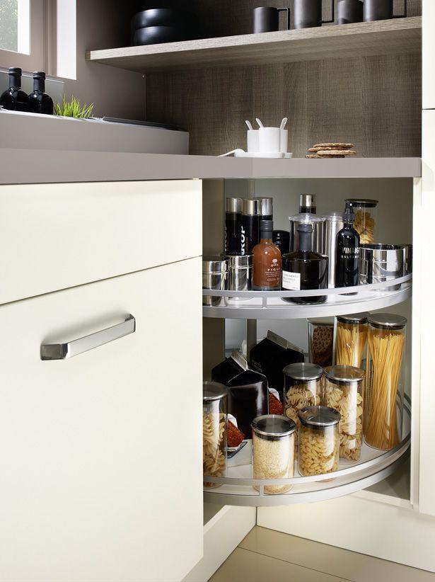 Фото из статьи: Как организовать хранение кухонных принадлежностей, чтобы глаз радовался