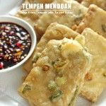 Tempeh Mendoan – Deep Fried Tempeh with Spiced Batter