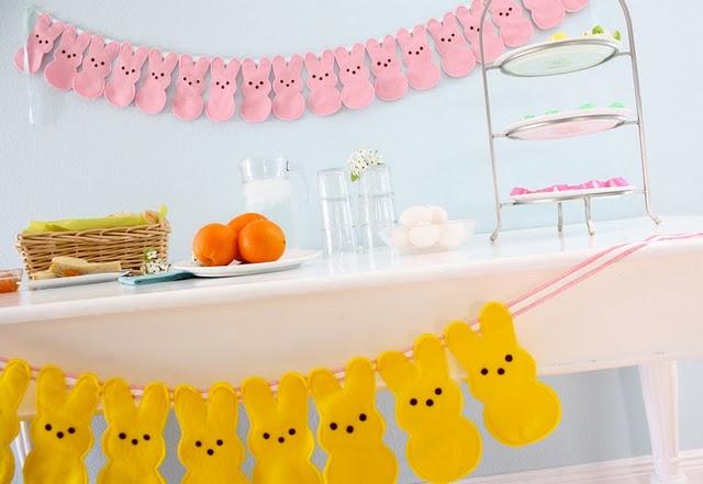 peep garland: Holiday, Buntings, Peeps Bunny, Felt Peep, Peeps Garland, Peeps Bunting, Easter Ideas