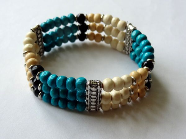 """""""Beach"""" from wood beads"""