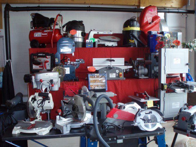 Macchine lavorazione del legno e ferro.