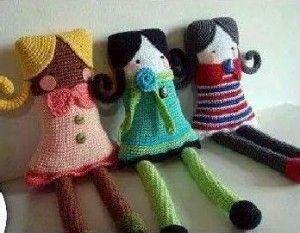 Muñecas Cuadradas Amigurumi - Patrón Gratis en Español aquí: http://www.todopatrones.es/munecas-cuadradas.html