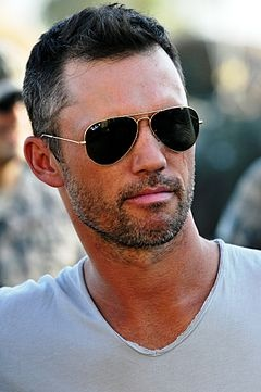 Burn Notice's Michael Westen played by Jeffrey Donovan. Damn he's gorgeous. I'm sorry this is the last season, but it's been kick-ass so far!