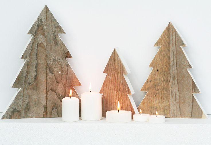 Kit di 3 alberelli in legno di recupero naturale con bordo dipinto di bianco : Accessori casa di nuvole-di-legno