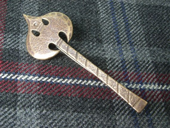 Check out this item in my Etsy shop https://www.etsy.com/uk/listing/209866626/scottish-kilt-pin-brooch-in-bronze