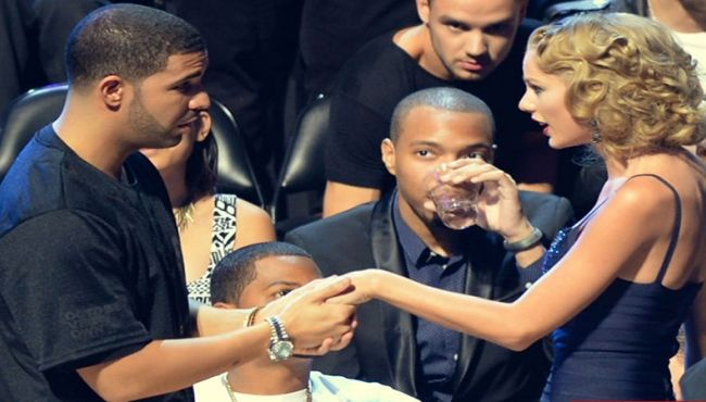 News Of Taylor Swift And Drake Dating Each Other Is Breaking The Internet       https://www.buzzwonk.com/list/news-of-taylor-swift-and-drake-dating-each-other-is-breaking-the-internet
