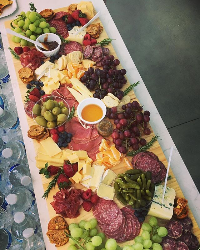Isn't this cheese and charcuterie setup everything?! Paired with a wine of your choice and perfection. #foodie #wine #winelover #cheese #charcuterie #cheeseboard #charcuterieboard