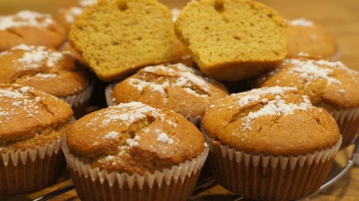 Вкусные и полезные кексики! Особенно полезны людям которые соблюдают диету, ведь эти кексы без глютена!