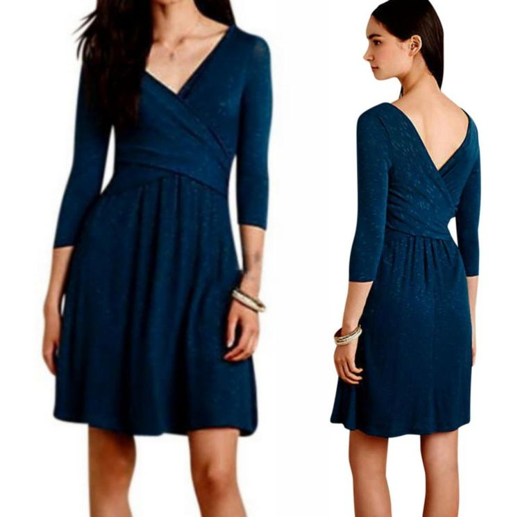Anthropologie Fara Surplice Dress. Free shipping and guaranteed authenticity on Anthropologie Fara Surplice DressAnthropologie Fara Surplice Dress Size Medium - T...