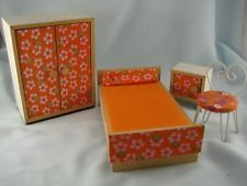 RARE BODO HENNIG 1960's DOLLS HOUSE FURNITURE BEDROOM SETTING, 4 PIECES