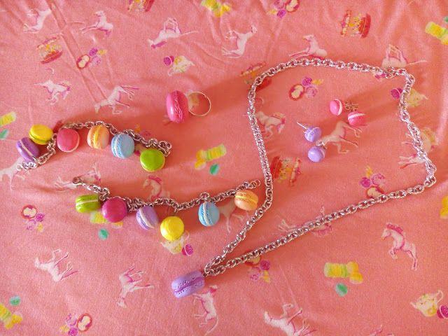 LA VIE EN ROSE: Deliziosi macarons da indossare..
