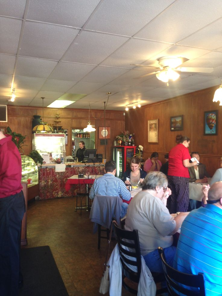 Cheesers Palace Cafe is a Breakfast charmer in Ole