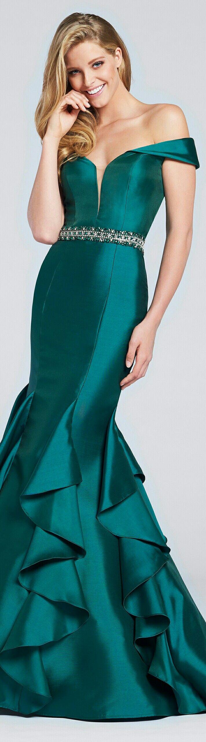 ELLIE WILDE ▪In Emerald Mermaid-Style Funnel Skirt w. Rib Ruffles at Calves and Beaded Waist Belt ▪#117034