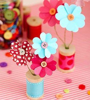 Flores con corazones de cartulina   Manualidades Faciles