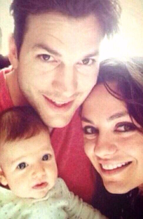 ashton kutcher dating mila kunis Mila kunis and ashton kutcher are the example of some pretty cute celebrity parents  i was totally dating, having a great time, .
