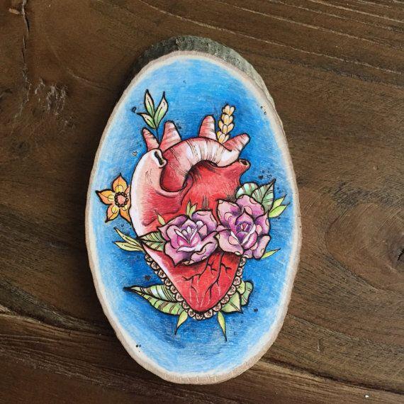 Drawing on Wood. Human heart and flowers wood by TimberleeEU #art #heart #drawing #woodburning #pyrography #pyrografie #kunst #decor #home #thuis #huis #europe #nijmegen #nederland #flowers #bloemen #tekening #hout #wood