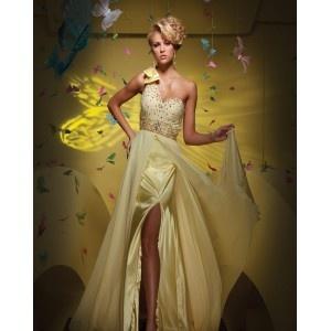 Robe de bal fendue,bustier asymétrique,perles et paillettes,taille haute avec ceinture,robe de bal faite en mousseline.