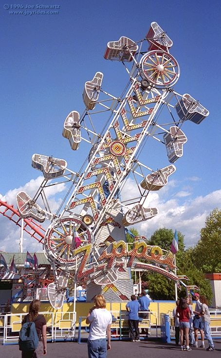 Zipper ride at PNE Playland | BEAUTIFUL BRITISH COLUMBIA ...