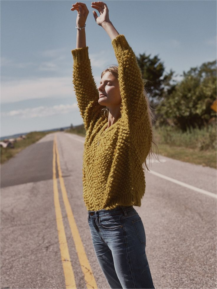 madewell popstitch sweater worn with the cruiser straight jeans.