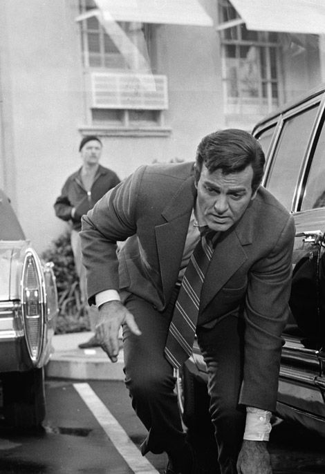 """Mike Connors as """"Mannix"""" (1967-1975)"""