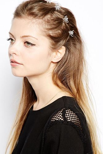 Growing Out Your Bangs? You Might Need These #refinery29  http://www.refinery29.com/hair-accessories-tutorial#slide8