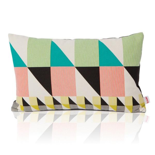 Gullfuglen - Sekken (The Sack) cushion - Multicoloured print, dark grey backside with invisible zipper. 30 x 50 cm