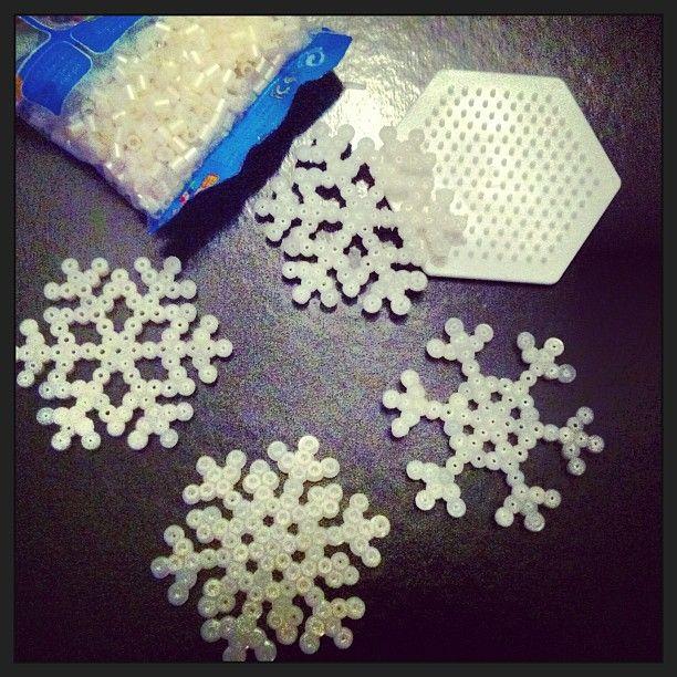 Hama perler snowflakes by majkenjegge