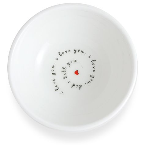 A delightful little dish, which makes a perfect gift for loved ones of all ages. #Love #Porcelain #Dish #Gift #Spaceform #London