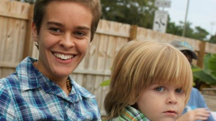 Mommy Blogger, Lacey Spears, Charged With Killing Son. Munchausen by proxy Disorder