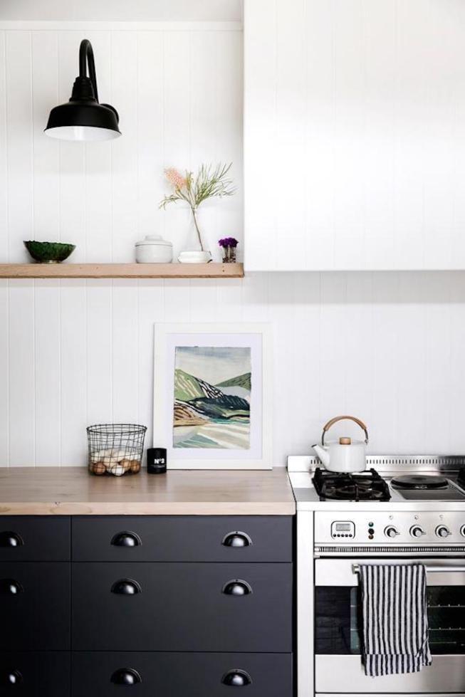 Design Trend 2018 Minimalist Range Hoods Becki Owens Kitchen Design Trends Interior Design Kitchen Kitchen Styling