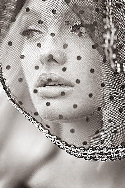 .So Beautiful.. Love Fashion Photography!